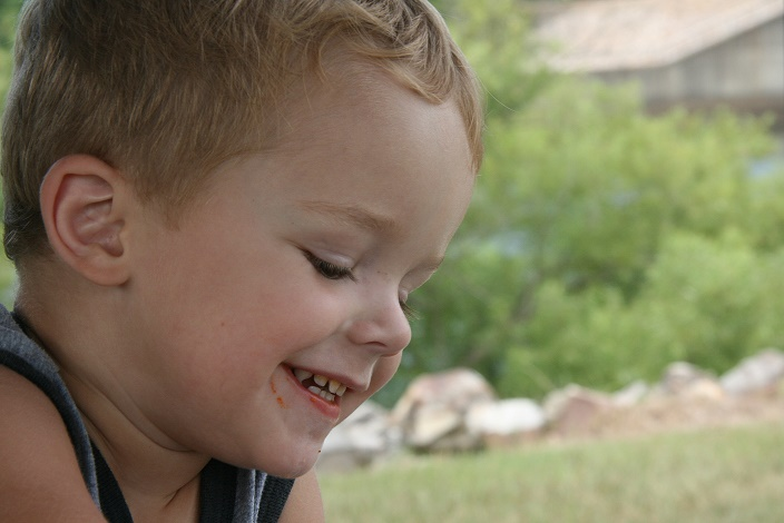 Treating a Baby's Chipped Tooth